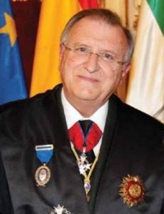 Carlos Puest acusado deinjurias